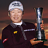 Champion Jiyai Shin with the Trophy